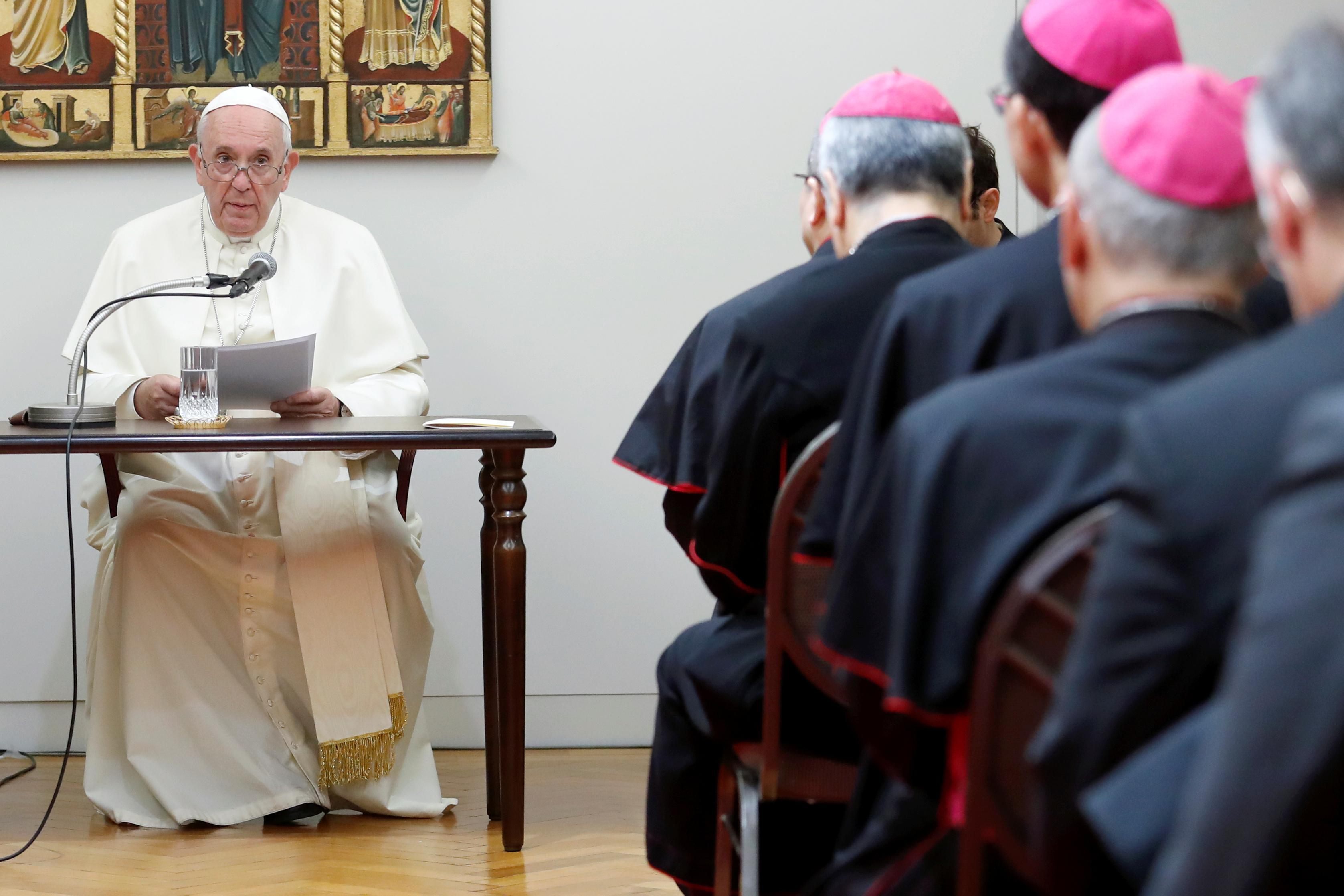 Le pape François porte un message anti-nucléaire aux villes bombardées du Japon