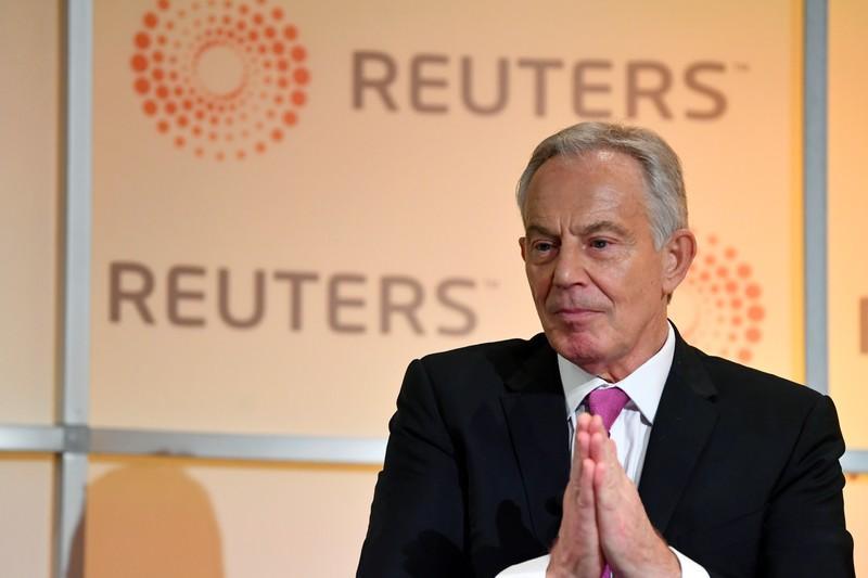 رئيس وزراء بريطانيا السابق توني بلير يقول إن بلاده غارقة في فوضى