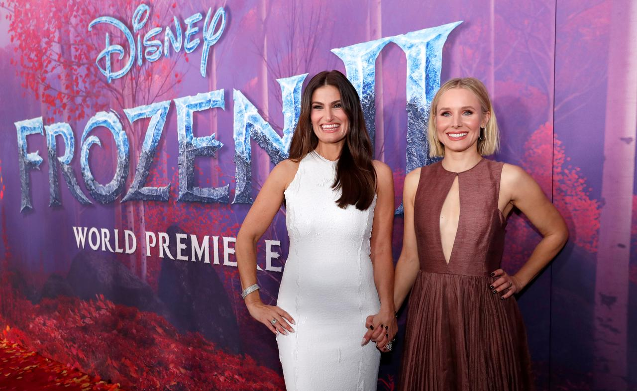 Blue Water High Cast box office: 'frozen 2' sets thanksgiving record, 'knives out
