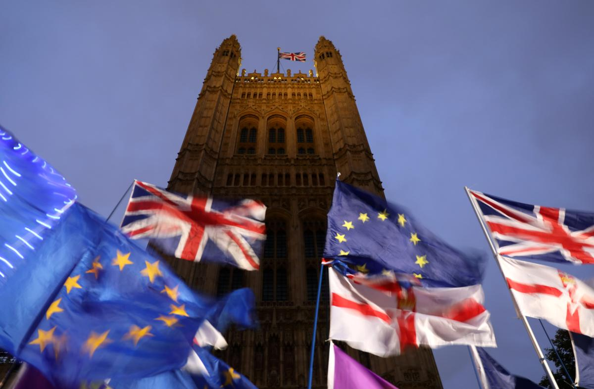 Britain and EU expected to agree free trade deal, cable to gain -...
