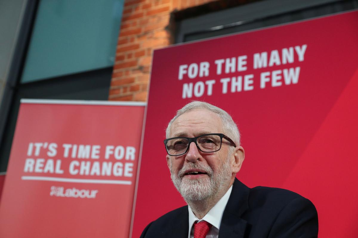 Labour leader makes Brexit offensive ahead of UK election showdown