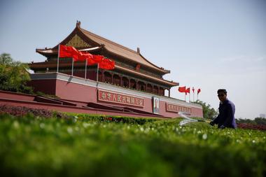 焦点:稳增长仍是中国明年政策主线 改革加速推进助力经济转型