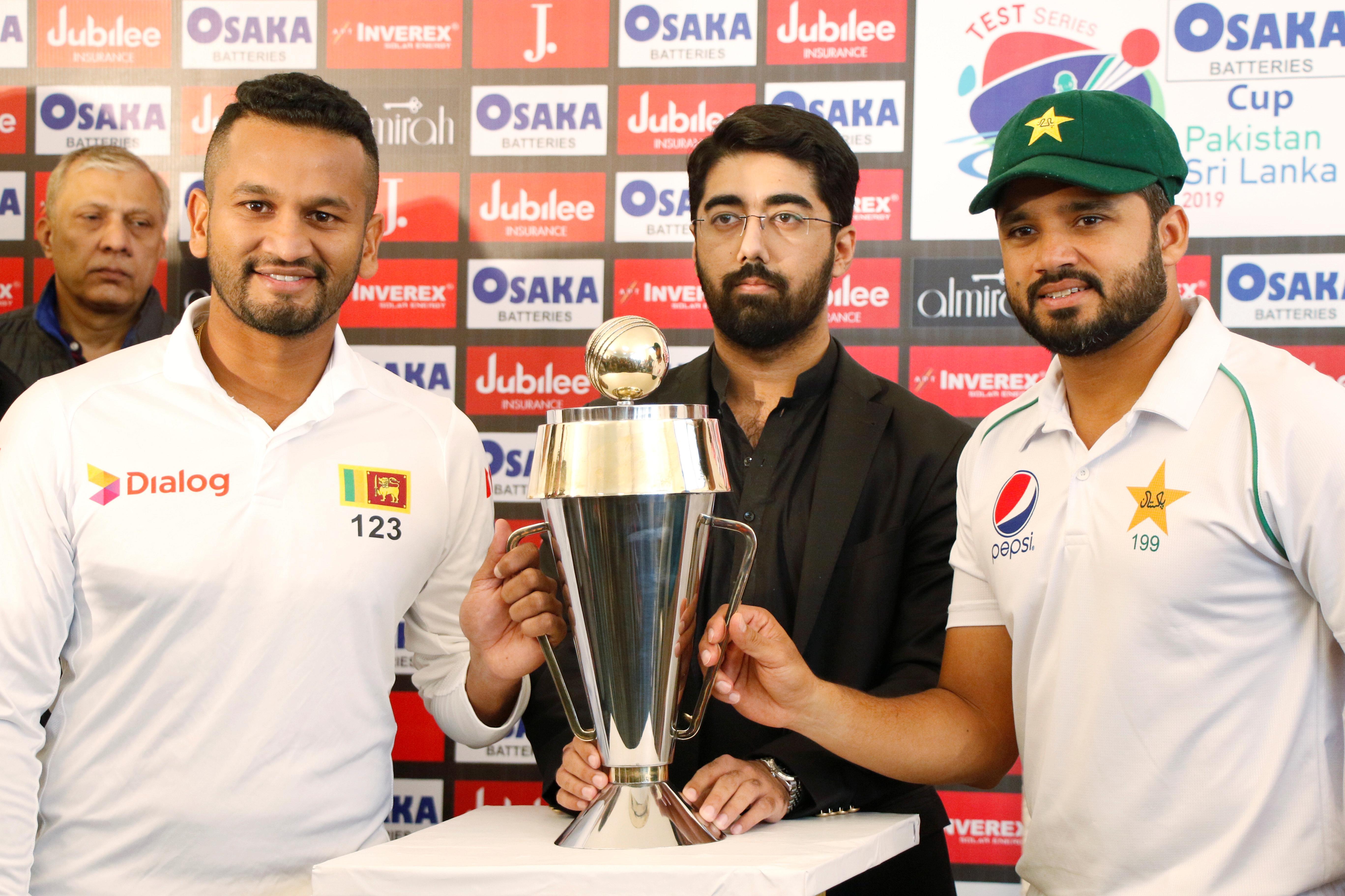 Naseem leads fightback as Pakistan host first test in a decade