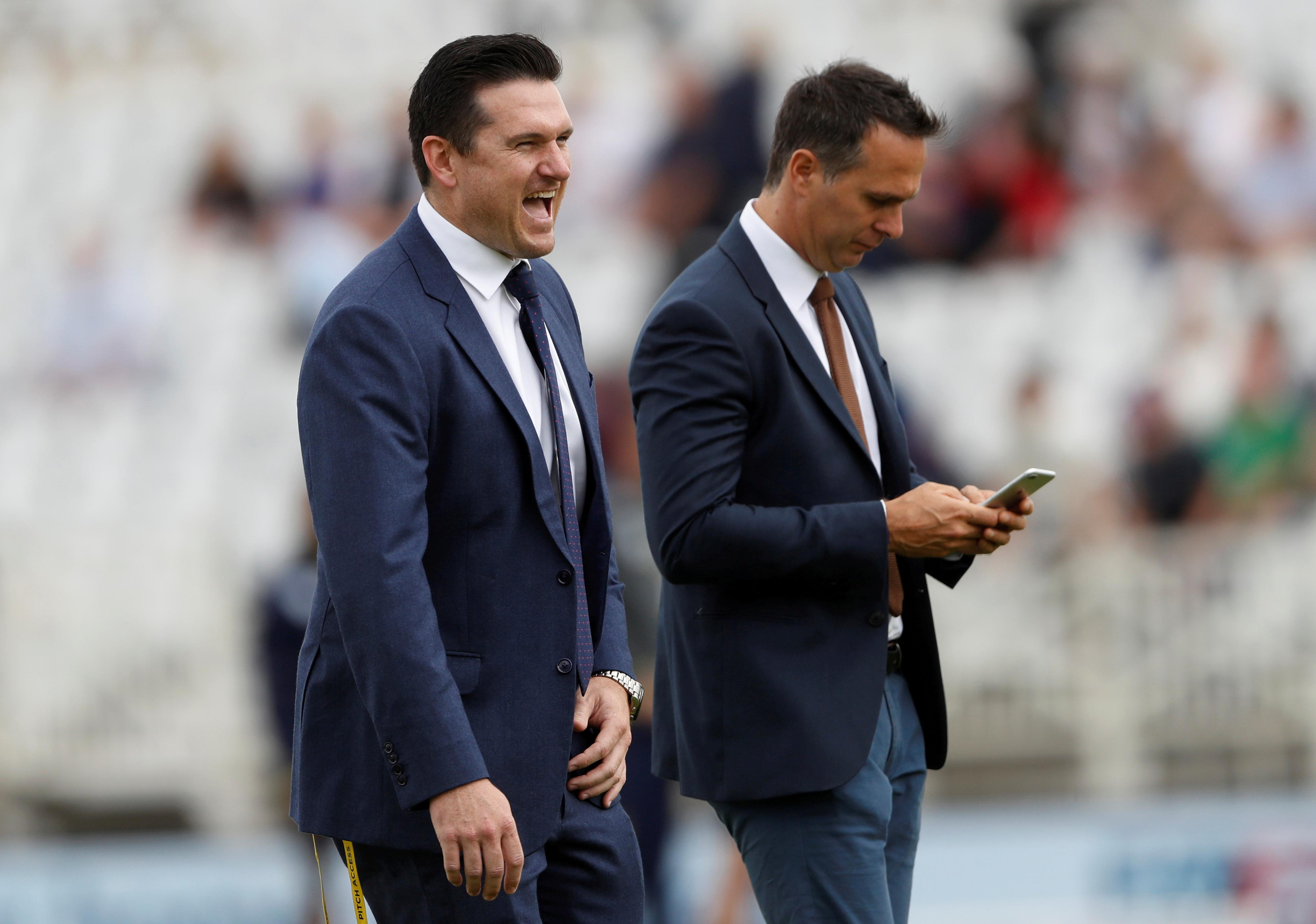 South Africa appoint Smith acting director of cricket