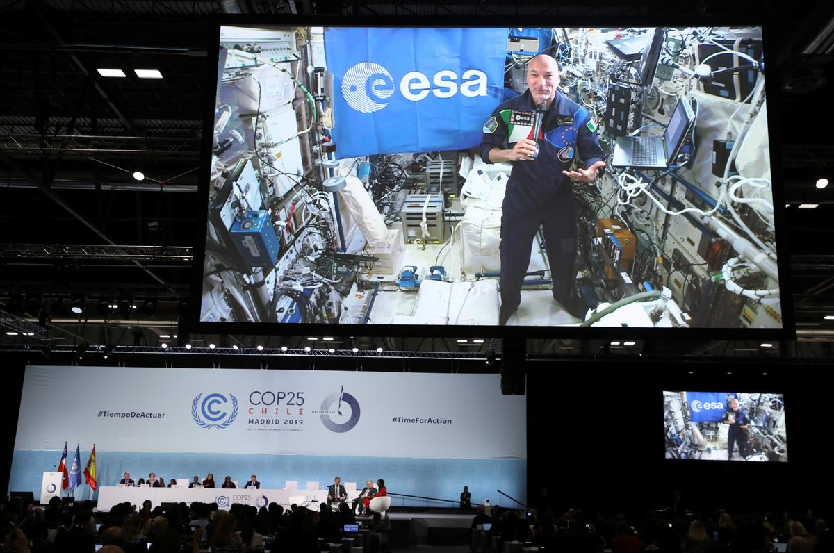From space, Italian astronaut urges U.N. summit to save 'beautiful' Earth
