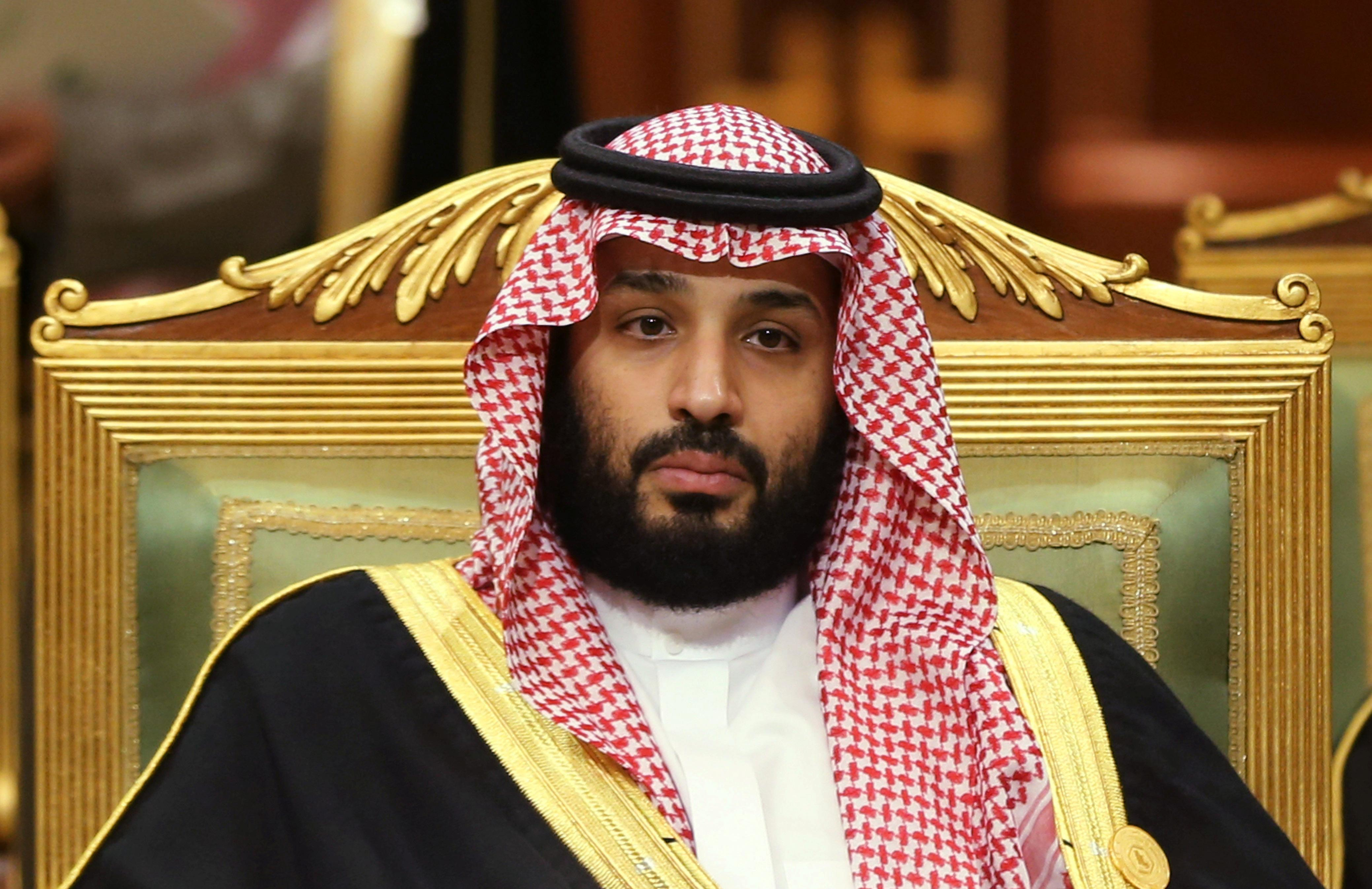 Saudis hail 'fortune-telling' prince for Aramco price prediction