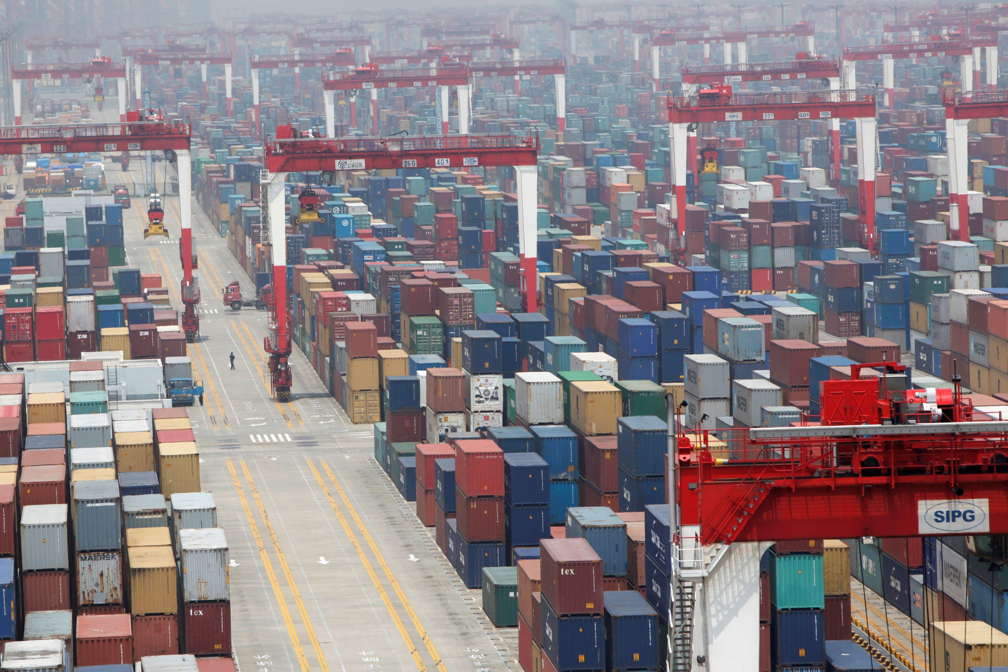 U.S.-China trade deal cuts tariffs for Beijing promise of big farm...