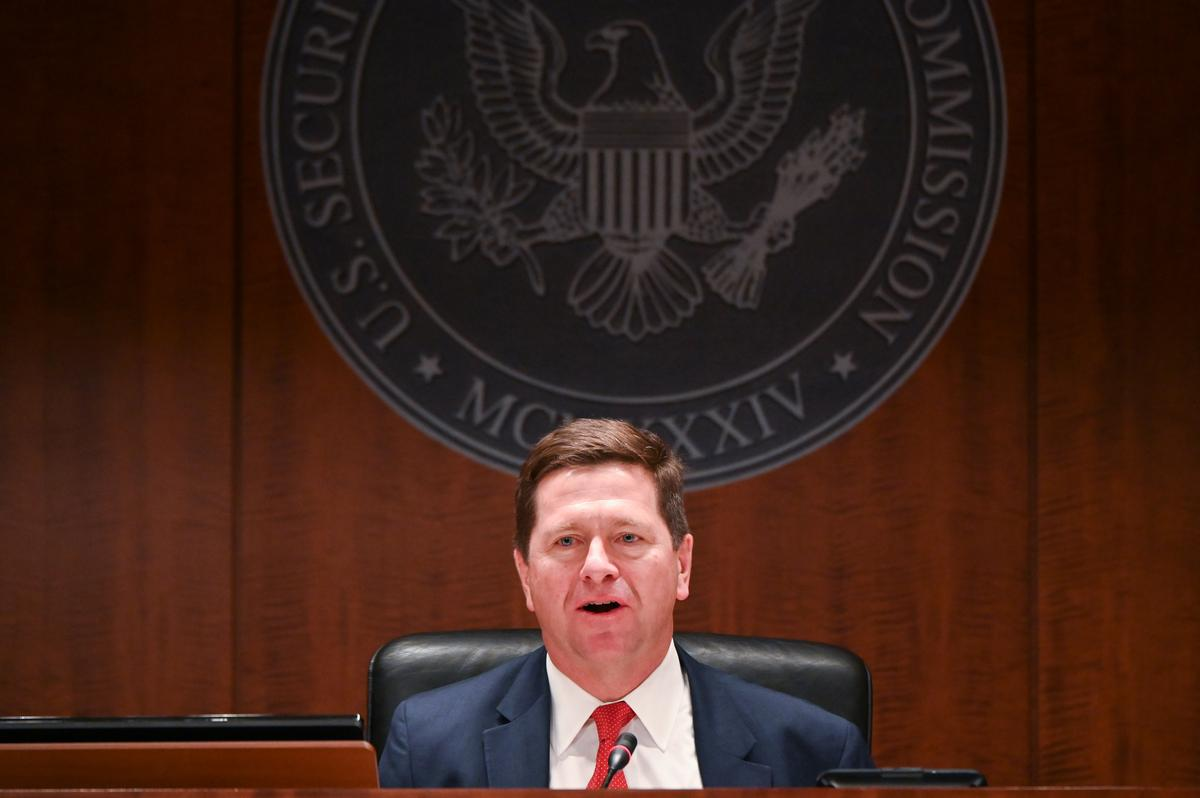 SEC proposes allowing more investors access to private companies