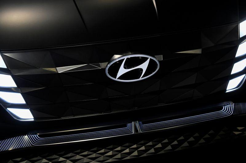 Hyundai to buy electric vehicle batteries from SK Innovation: report
