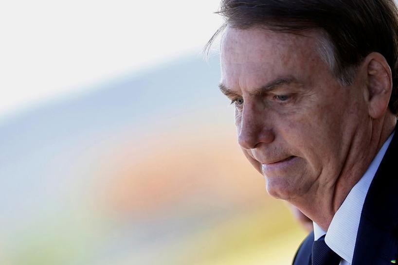 Irritado com perguntas sobre investigação de Flávio, Bolsonaro ataca  jornalistas | Reuters