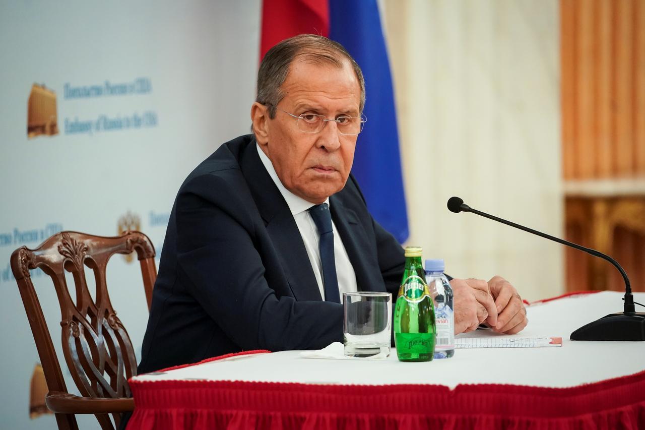 """SJEDINJENE DRŽAVE VAS PONIŽAVAJU?! Lavrov zabrinut za 'obraz' Berlina: """"Završetak 'Sjevernog toka 2' je pitanje časti za Njemačku"""""""