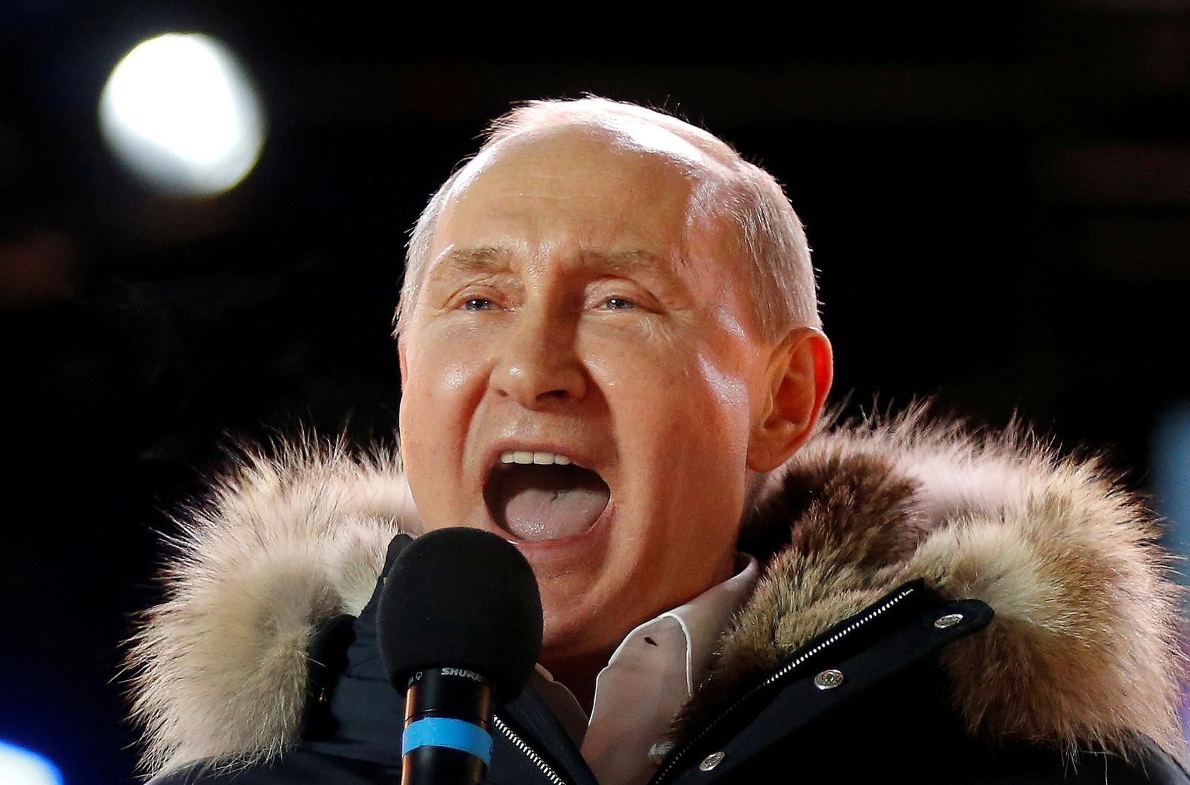 Timeline Vladimir Putin 20 Tumultuous Years As Russian President Or Pm Reuters