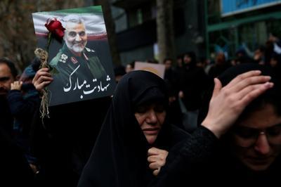 Portraits of Soleimani across Iran