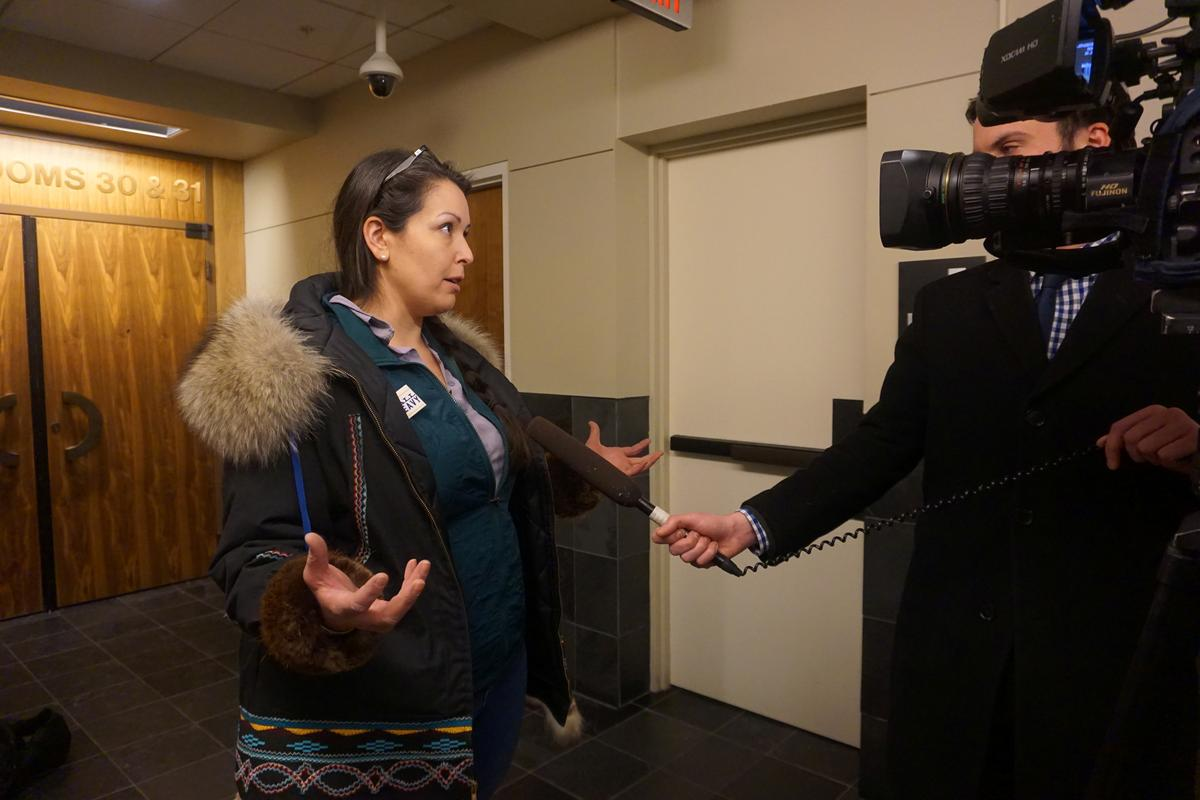 Judge clears path for voter petition to recall embattled Alaska governor