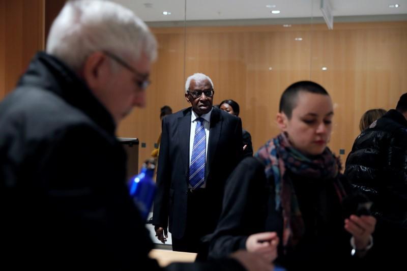 Les juges ajournent le procès de Diack pour dissimulation pour dopage en athlétisme