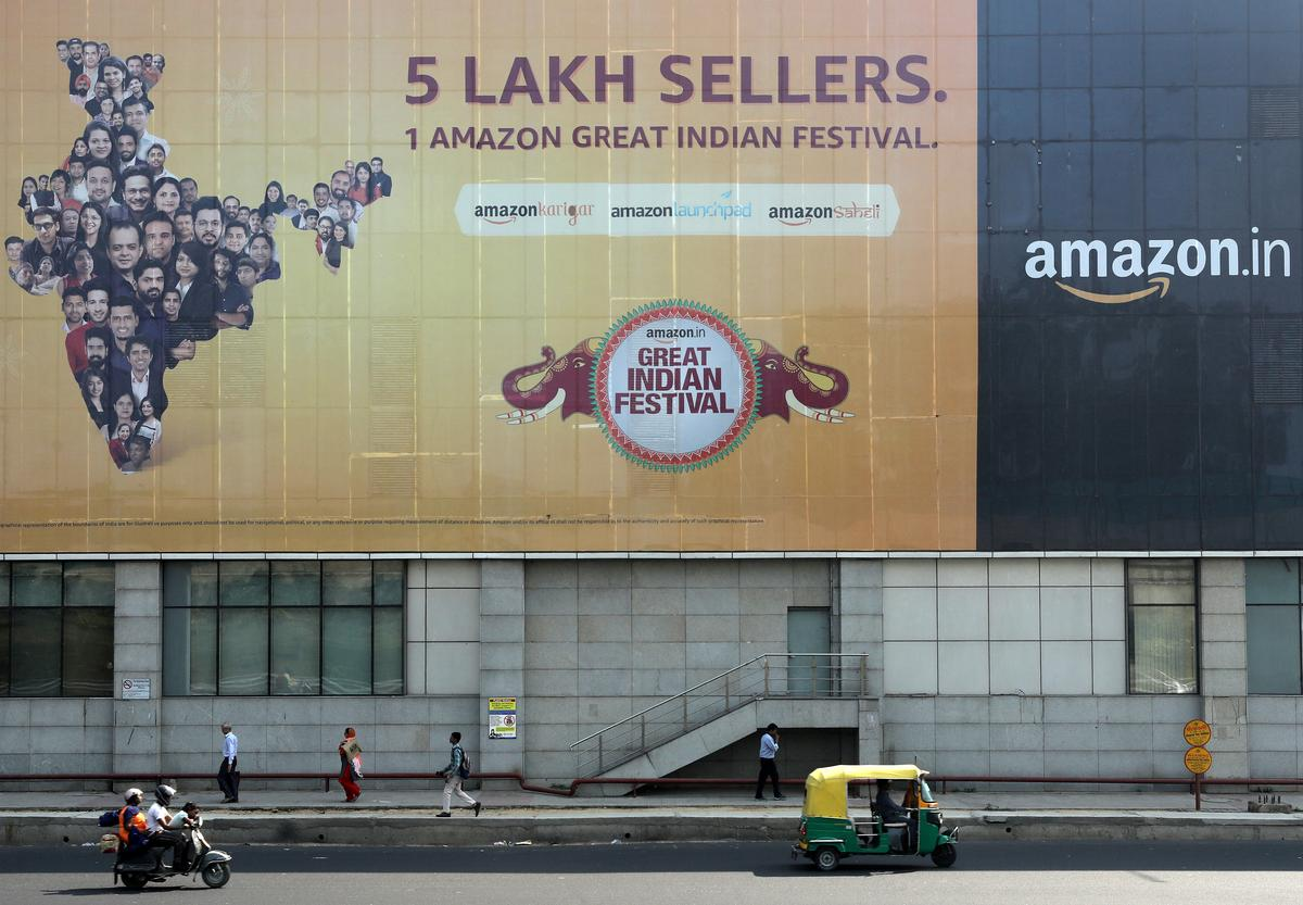 Ahead of Bezos visit, India antitrust chief says e-commerce firms shouldn't offer heavy discounts