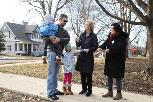 Democrats battle for Iowa