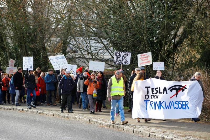 """""""You're stealing our water"""": Germans protest against Tesla gigafactory"""