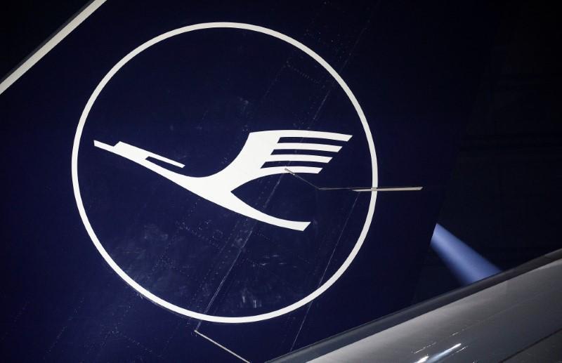 German cabin crew union suspends Lufthansa strike preparations
