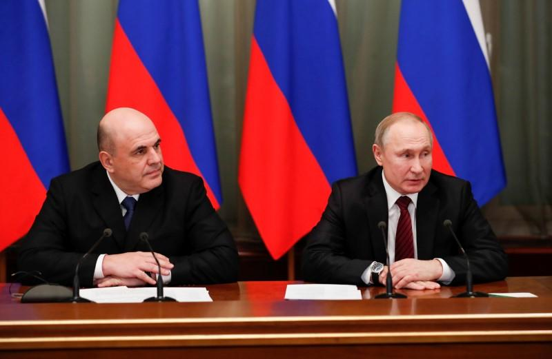 Russia gets new government in what Putin calls