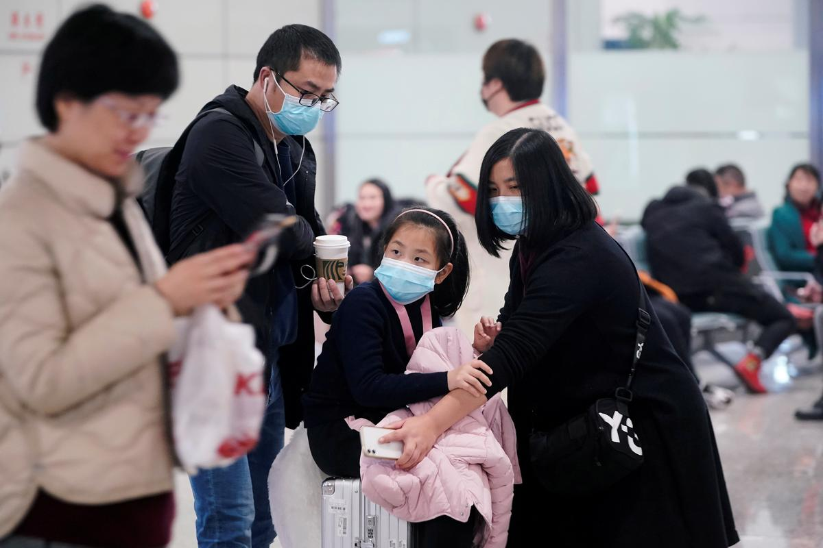 Cathay says cabin crew can wear masks on mainland China flights due to virus