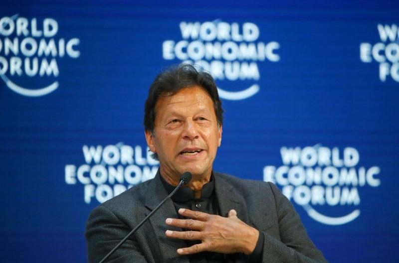 Pakistan's Khan calls for U.N. action on India dispute