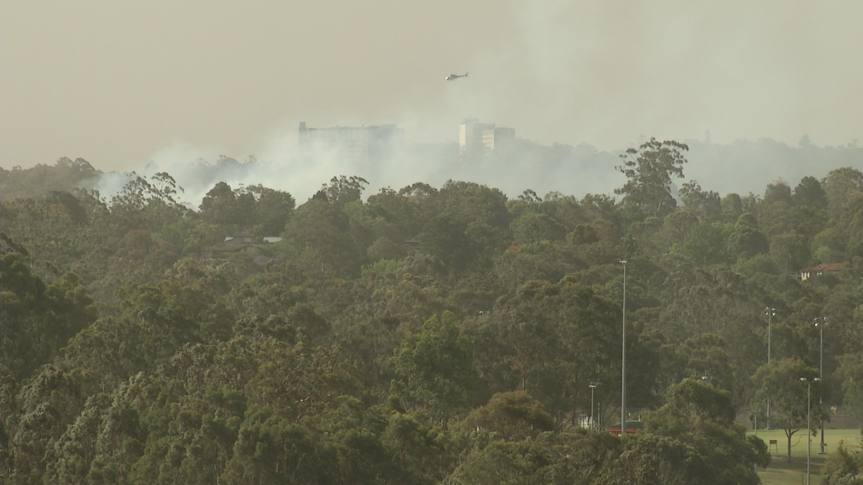 Un pétrolier canadien lutte contre les feux de brousse en Australie, faisant trois morts