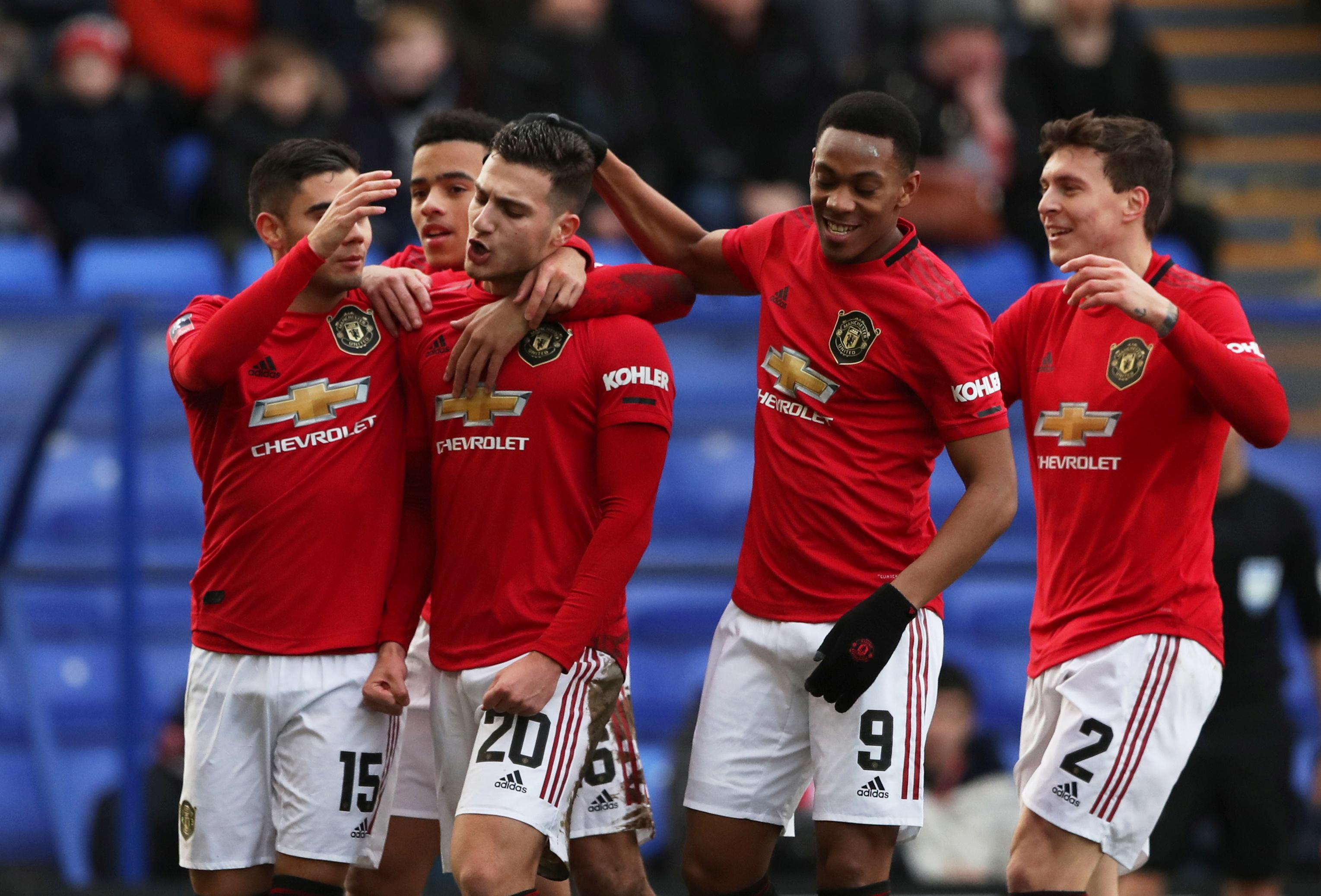 Manchester United smash Tranmere for six in FA Cup mauling