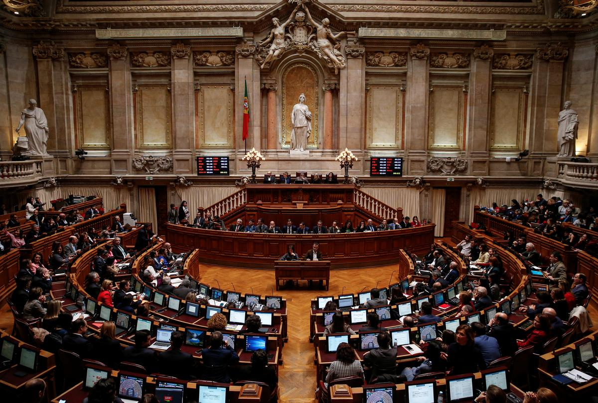 Portuguese parliament passes budget aimed at first surplus in 45 years