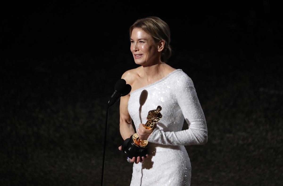 Renee Zellweger wins best actress Oscar for 'Judy'