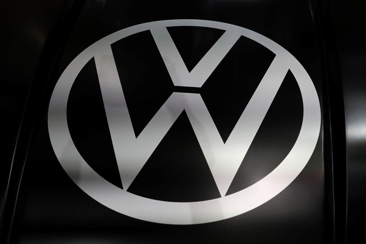 Volkswagen to shut coal-fired power stations at main factory to cut CO2