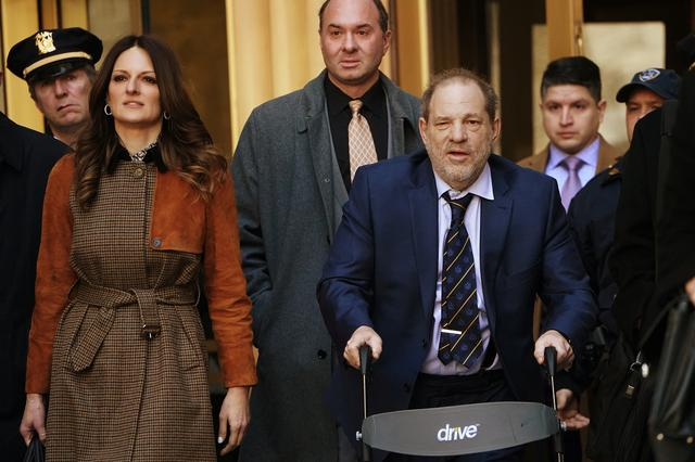 Film producer Harvey Weinstein and lawyer Donna Rotunno depart New York Criminal Court during his ongoing sexual assault trial in the Manhattan borough of New York City, New York, U.S., February 14, 2020. REUTERS/Carlo Allegri