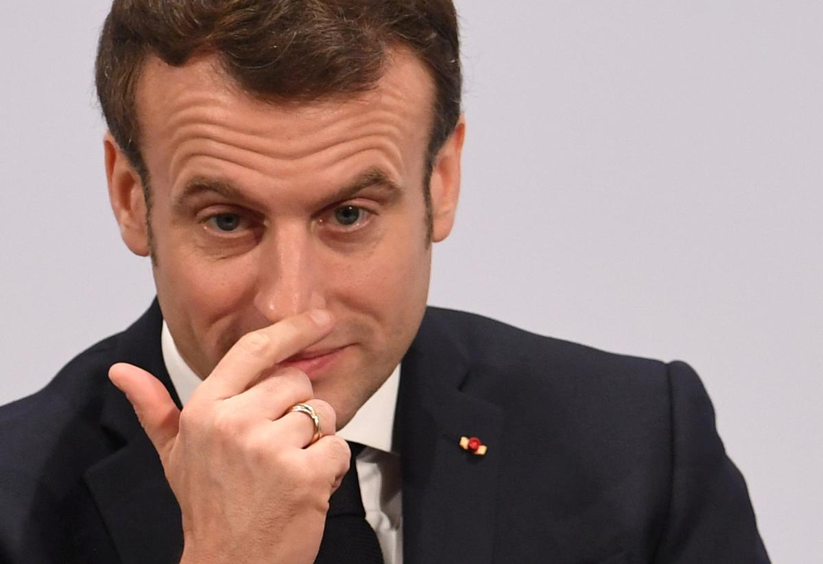 Macron defends closer dialogue with Russia, sees no alternative
