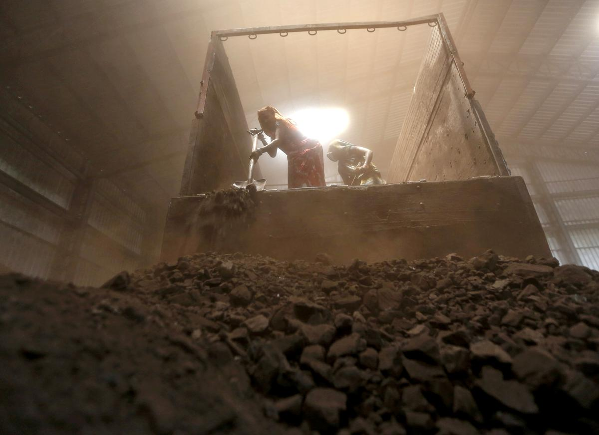 India's annual coal power output falls for first time in a decade