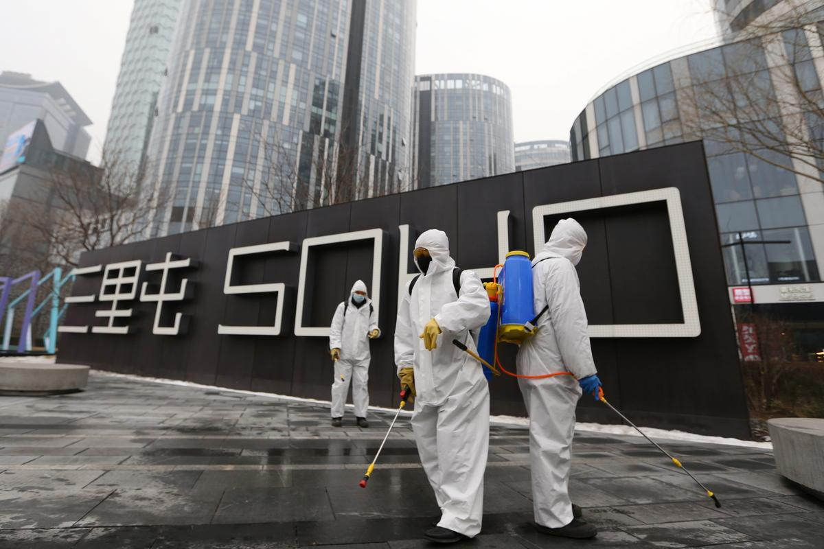 Airlines suspend China flights due to coronavirus outbreak