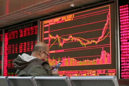 Asia stocks rise on lull in virus worry, euro still weak