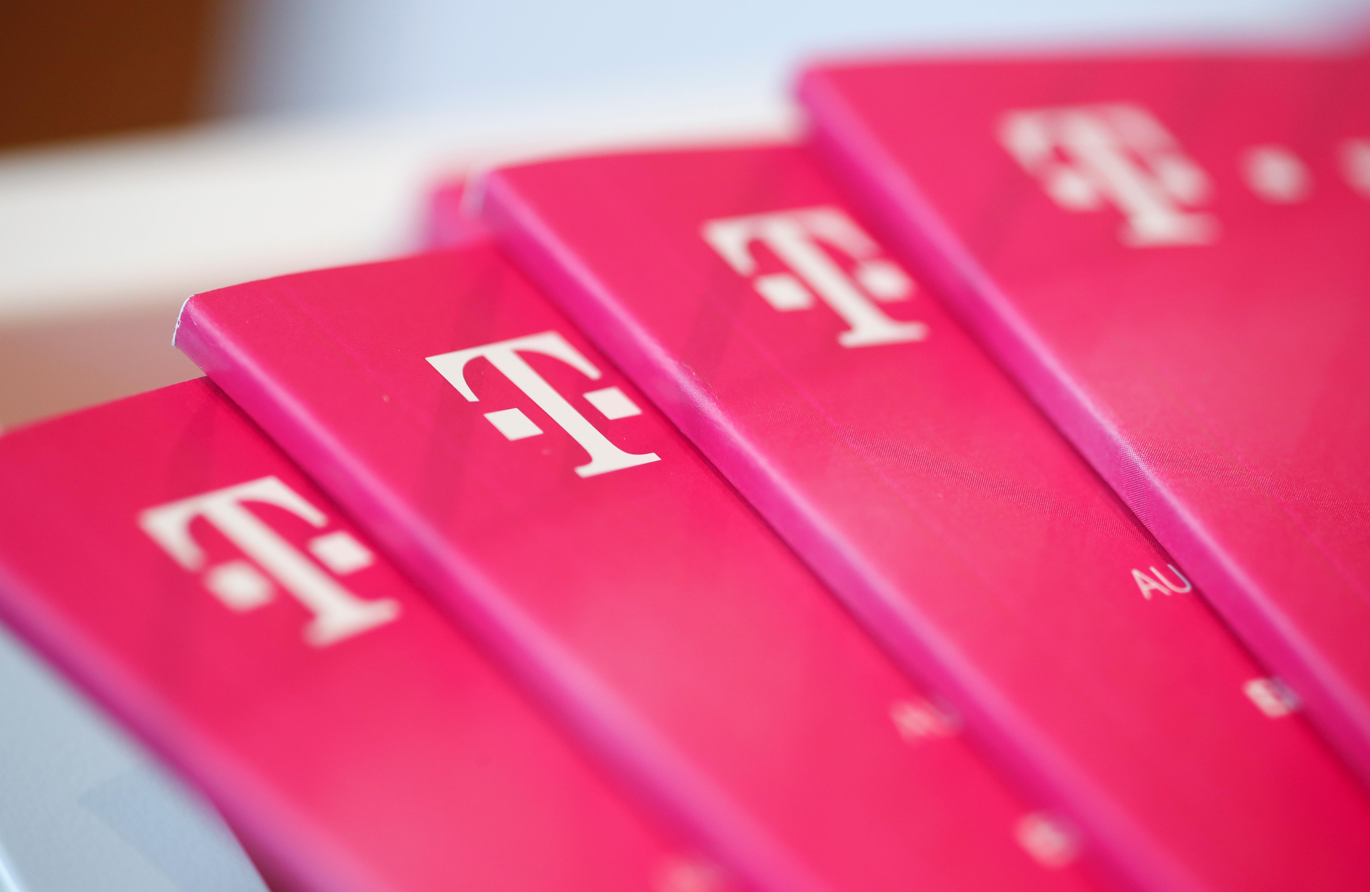 Le propriétaire de T-Mobile vise à devenir le numéro un américain