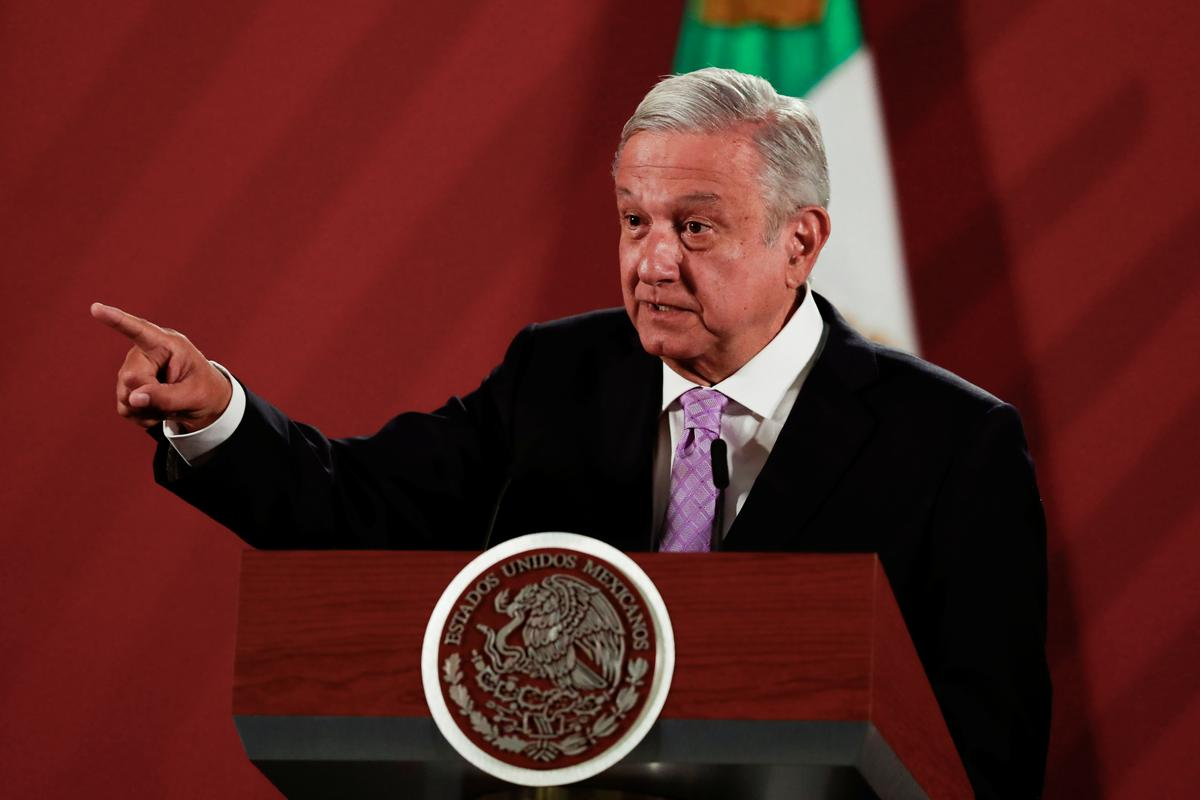 Mexico's president says foreign firms optimistic on investing