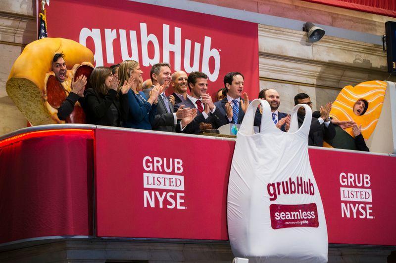 Breakingviews - Grubhub has food-fight edge on Uber Eats, DoorDash