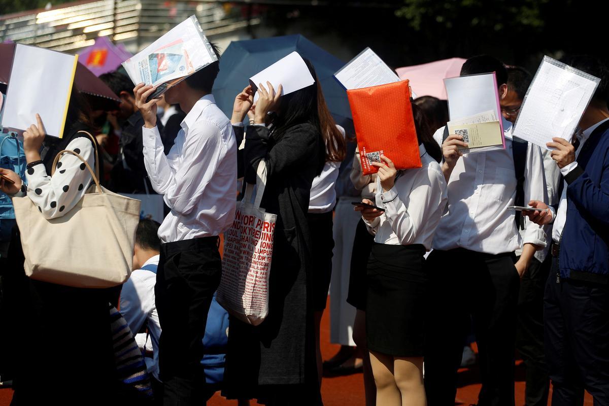 Coronavirus Weakens Job Market For Record Number Of Chinese Graduates Reuters