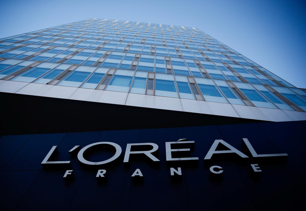 L'Oreal's online sales of make-up rose in China in February: CEO