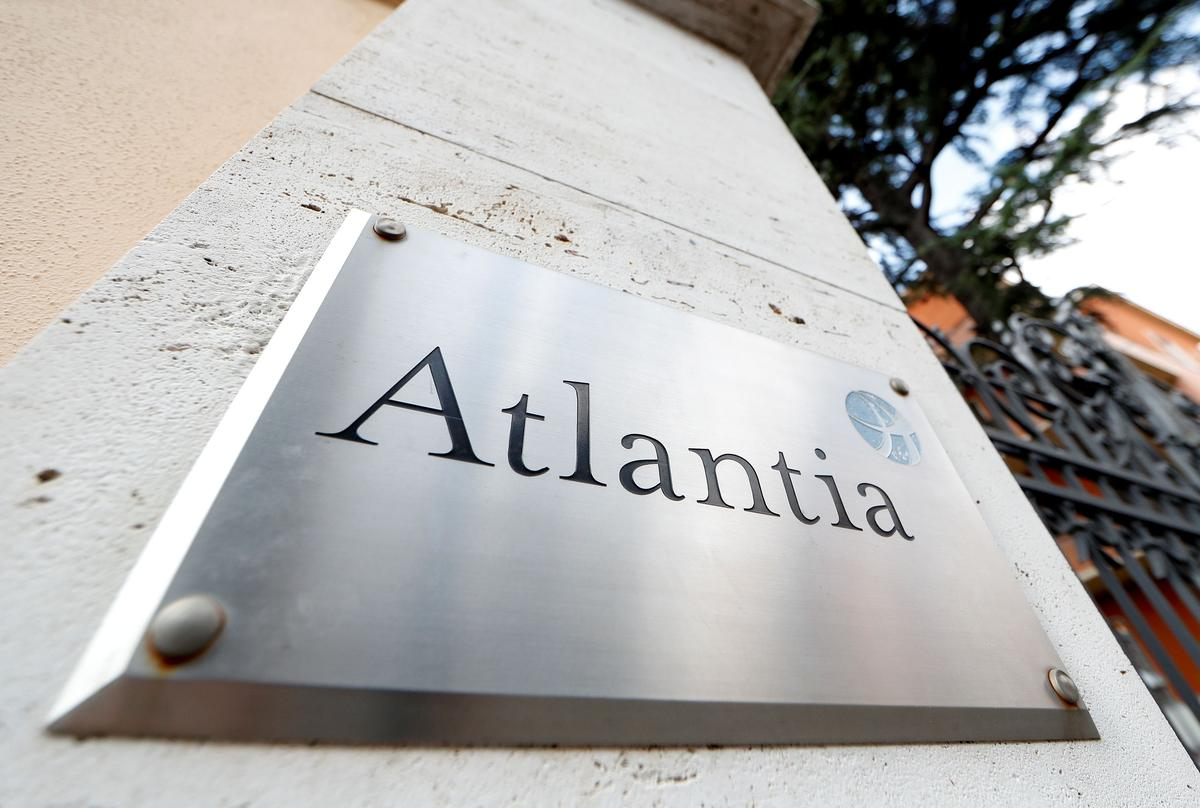 Italy state lawyers warn government of risks in Atlantia dispute - source