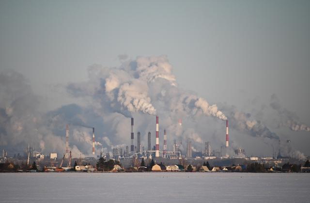 FILE PHOTO: A view shows the Gazprom Neft's oil refinery in Omsk, Russia February 10, 2020. REUTERS/Alexey Malgavko/File Photo
