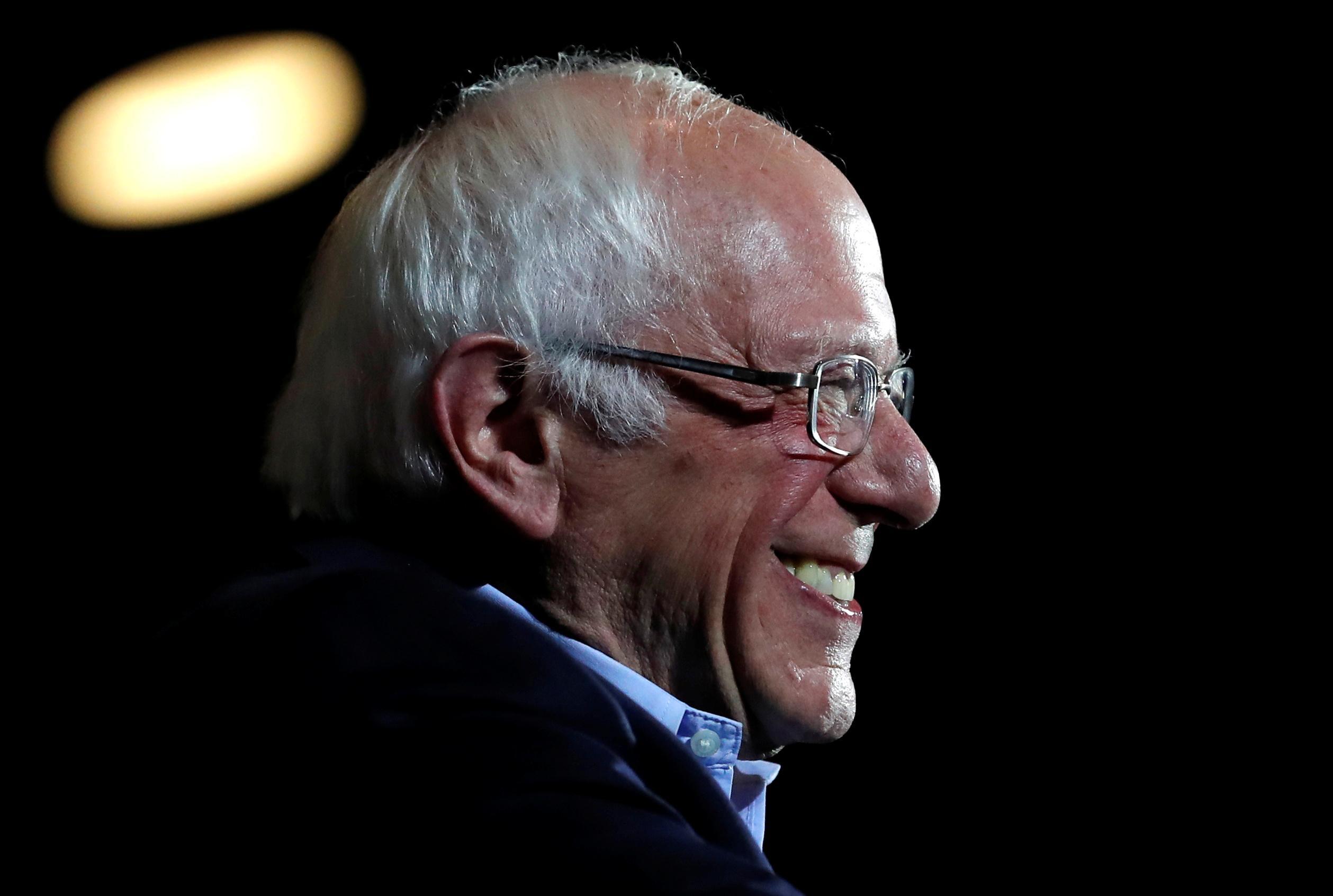Sanders projeté pour une victoire décisive au Nevada, Biden en piste pour la deuxième place