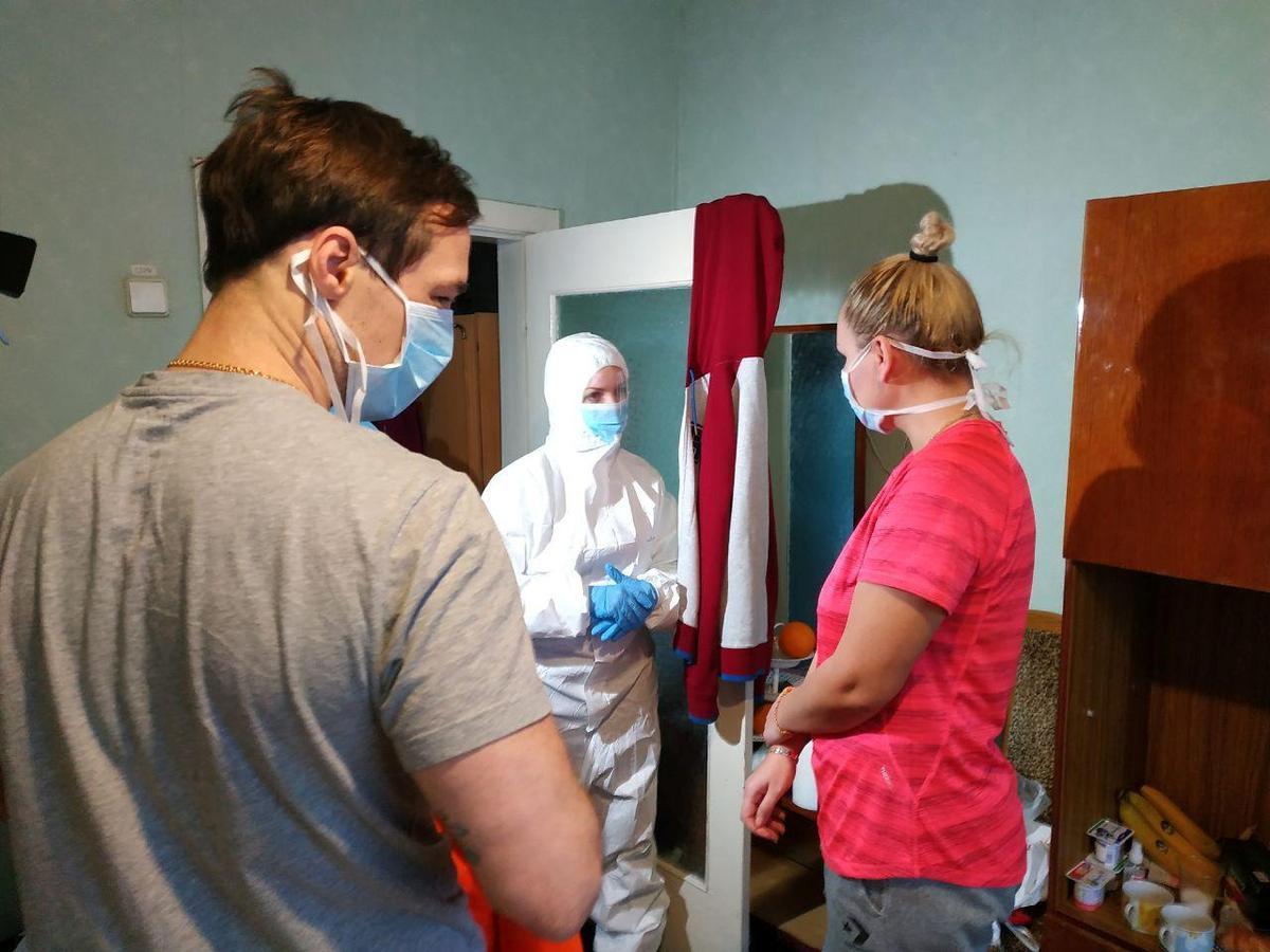 With mask and hashtags, Ukraine minister fights coronavirus rumors from quarantine