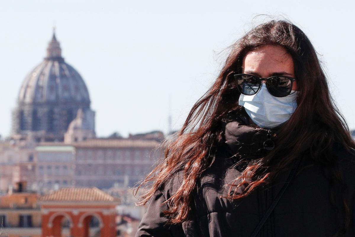 Italian region warns of hospital chaos if coronavirus spreads