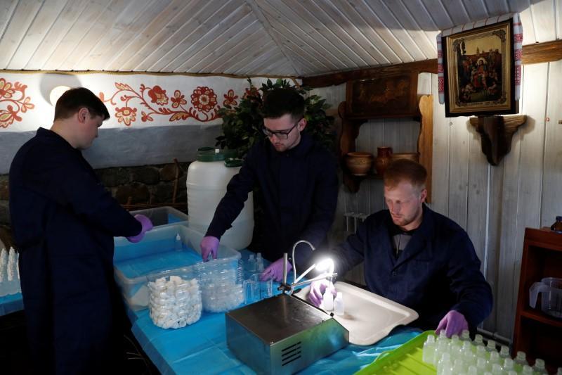 Kiev monastery fights coronavirus with homemade hand sanitizer