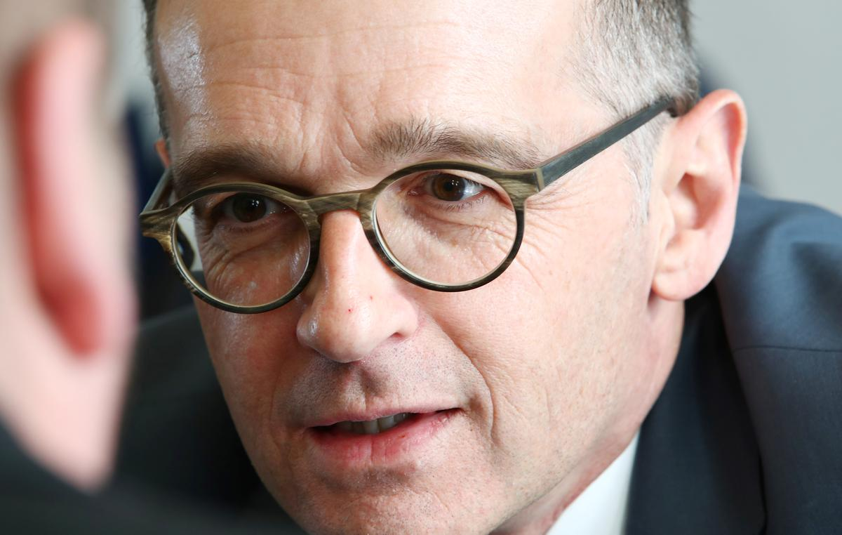 German minister: Harder to repatriate Germans as airports close