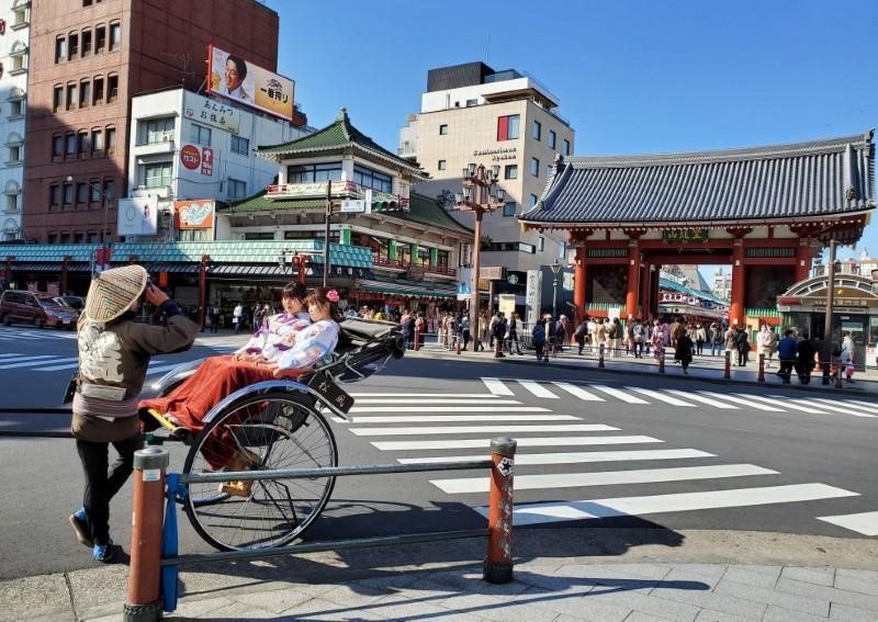 Rickshaws, kimonos, but no tourists - Tokyo's Asakusa hit by coronavirus, Olympics delay