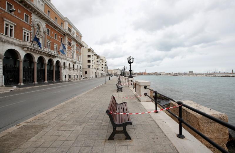 Italy has not reached coronavirus contagion peak: national health chief
